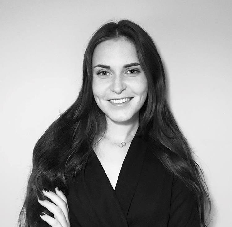 Weronika Znajdek - Młodszy Specjalista ds. Prawnych, Polski Związek Firm Deweloper